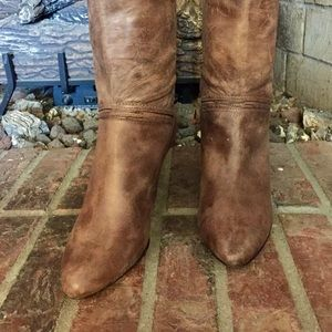 👢Frye boots, brown, much loved. Still fabulous❣️